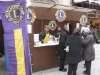 lions_stand01
